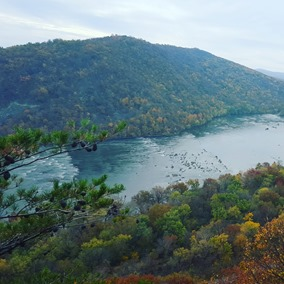 Looking at the Loudoun Heights from the Maryland Heights near Harper's Ferry